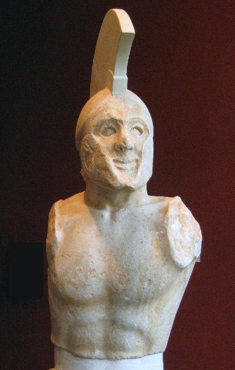 https://upload.wikimedia.org/wikipedia/commons/2/2d/Sparta%2C_Temple_of_Athena_Chalkioikos%2C_Statue_of_a_Spartan_hoplite_%28possibly_Leonidas%29.jpg