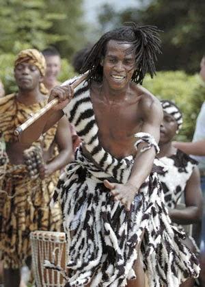 Member+of+Shona+tribe-Zimbabwe.jpg