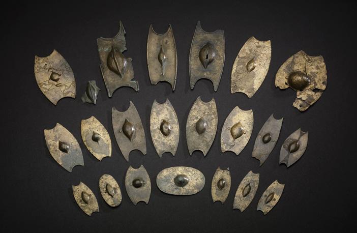 https://i1.wp.com/www.archaeology.co.uk/wp-content/uploads/2018/12/Salisbury-hoard-Iron-Age-miniature-shields.jpg?fit=702%2C458&ssl=1