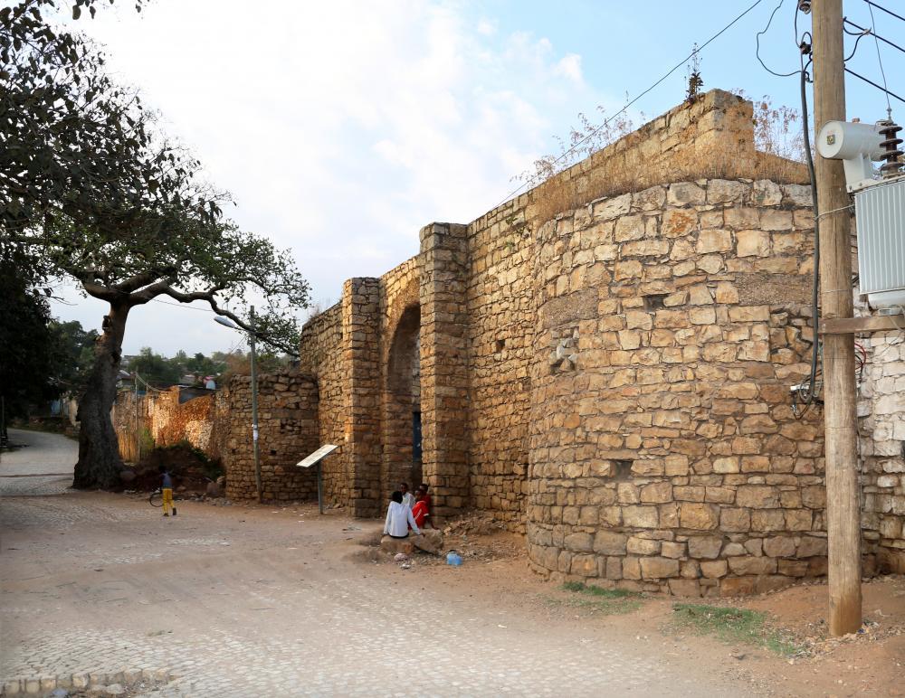 Harar,_porta_di_buda_03.jpg