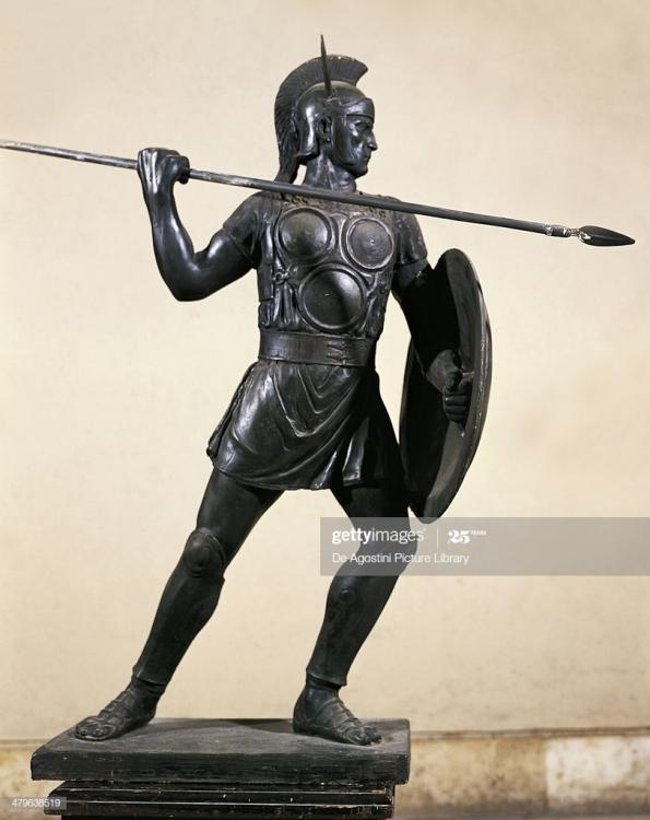 samnite-warrior-bronze-statue-roman-civi