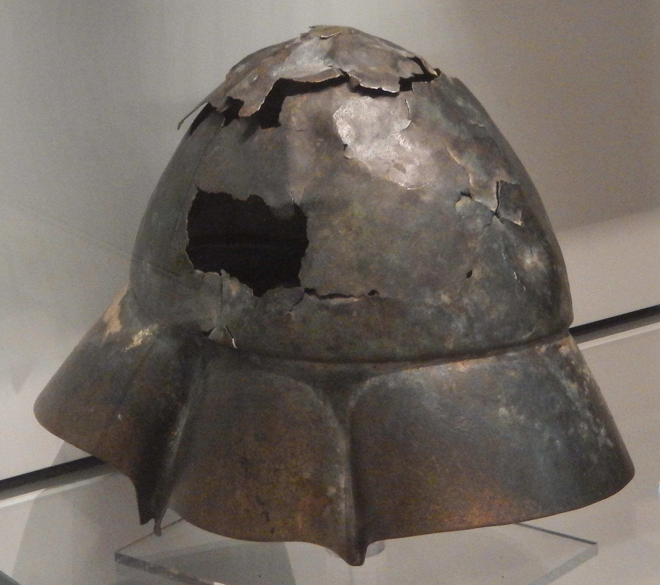Boeotian_helmet.jpg