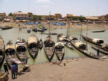 mali_fishing_boats_460.jpg