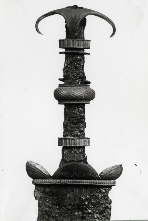 sword   British Museum