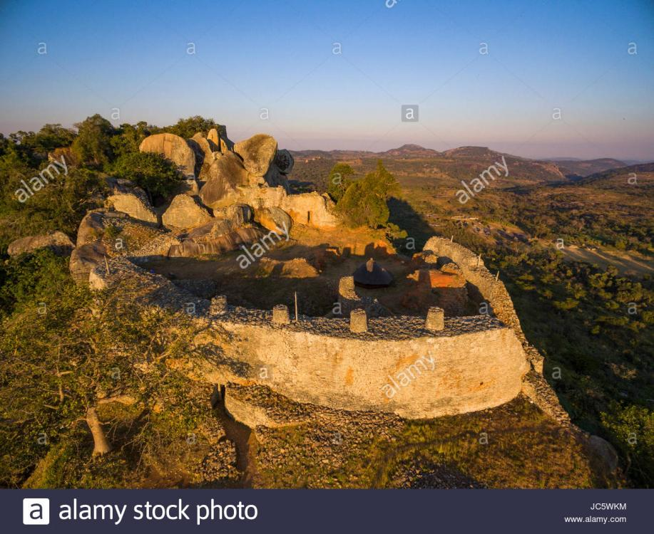 the-hill-complex-at-great-zimbabwe-ruins