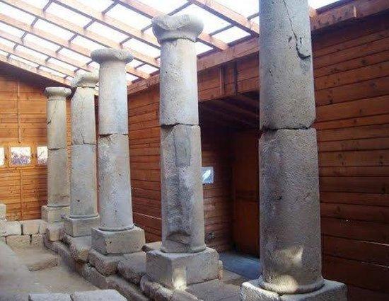 thracian-temple-of-starosel.jpg
