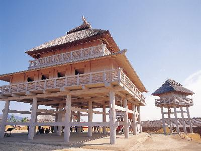 y-yoshinogari-ceremonial-hall-watchtower.jpg.c60285b1f911bbb48b6d557e3b77cdeb.jpg