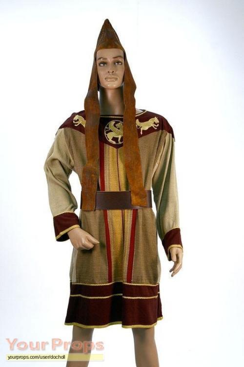 Alexander-Persian-Robe-1.jpg