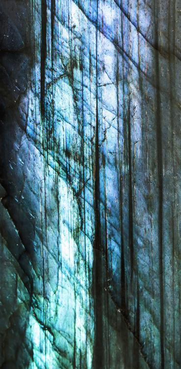 ground-glass-macro-metal-blue-jewellery-988503-pxhere_com.thumb.jpg.4ffed17290f62a2e399261b5afa1f469.jpg