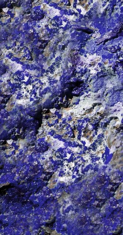 rock-green-blue-jewellery-2009365-gemstone-229535-pxhere_com.thumb.jpg.86bb2df54f7b6a8a5f0f66bd6c2d4b0d.jpg