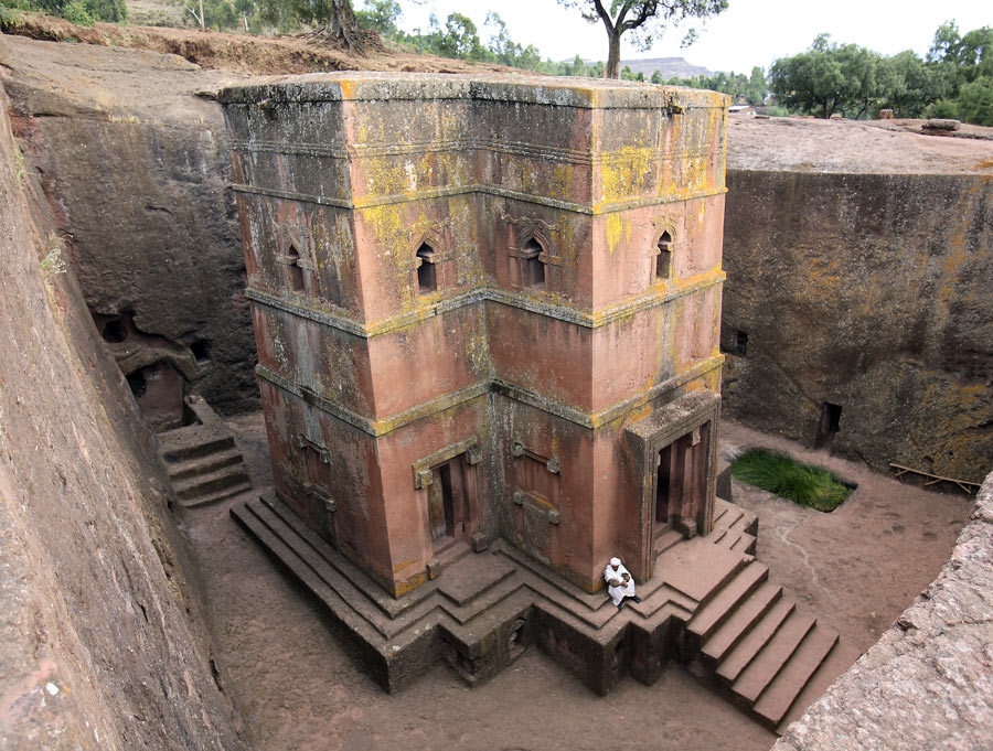 St_-George-Church-Ethiopia-2.jpg.24f33aa4be101ef73bbd65f8db65e233.jpg