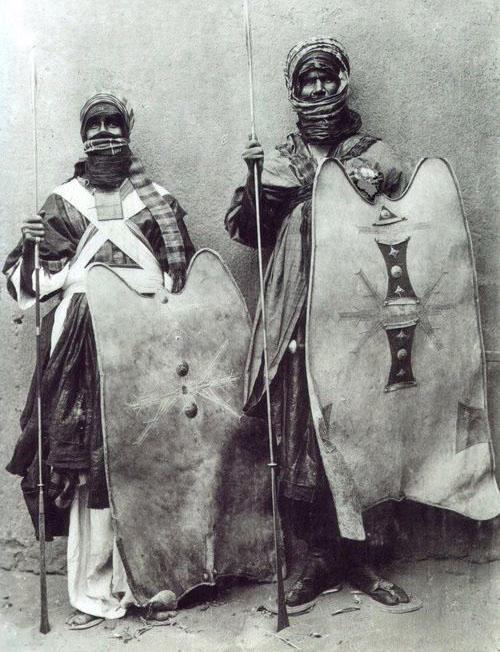 Tuareg.jpg.ffef6875ad14689cf49f32a4abc789c9.jpg