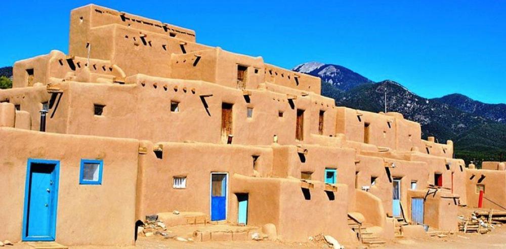 Taos-Pueblo.thumb.jpg.20f071abb14769ca9476956aa703ece2.jpg