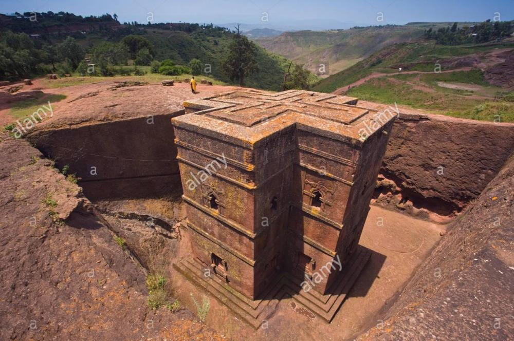 the-sunken-rock-hewn-church-of-bet-giyorgis-st-george-lalibela-northern-AXXAJT.thumb.jpg.3ec457fc6b913f46f153013c8ed0d06f.jpg