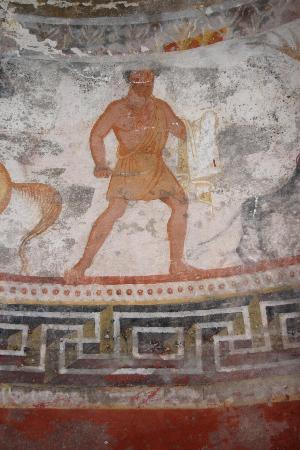 the-thracian-tomb-in.jpg.a8cca0bcb4501e84eb75d19b22ee6674.jpg