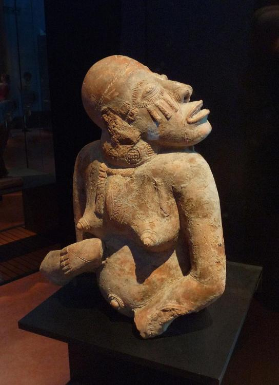 1161073116_Statuette_fminine-Rgion_de_Djenn-Mali.thumb.jpg.76bf73d3402e70210507950b3089bc20.jpg