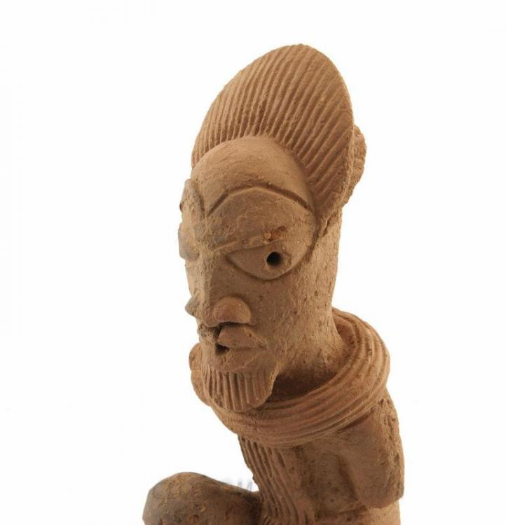 l_statue-nok-terre-cuite-art-africain-060713-00058.thumb.jpg.b3ba159200a1f7afc6c561298381069d.jpg