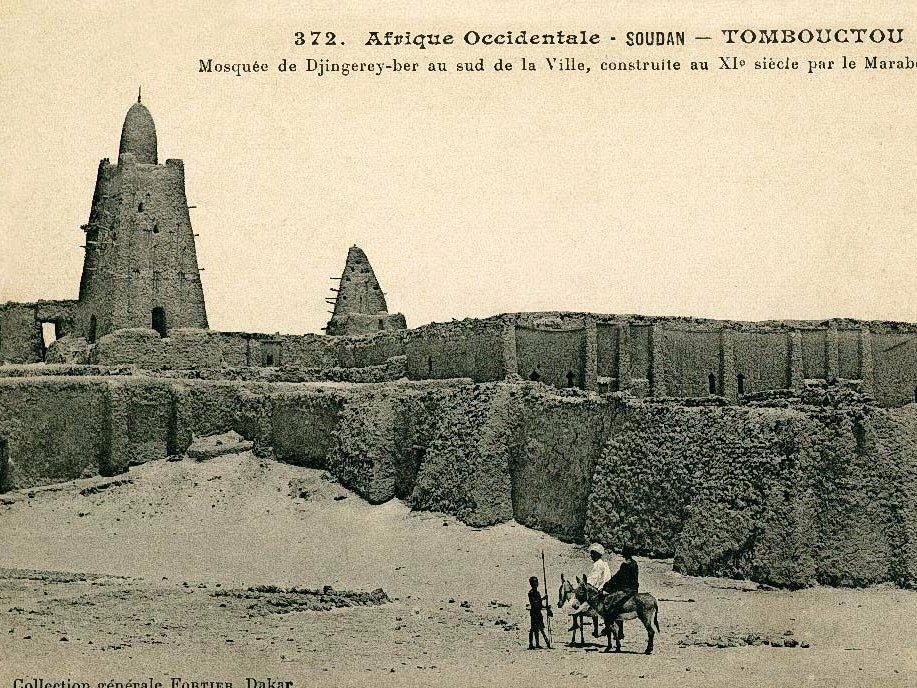 mans-musa-built-the-legendary-djinguereber-mosque-in-timbuktu.jpg.34dbfe09a5c433d1447a3b4446665c5e.jpg