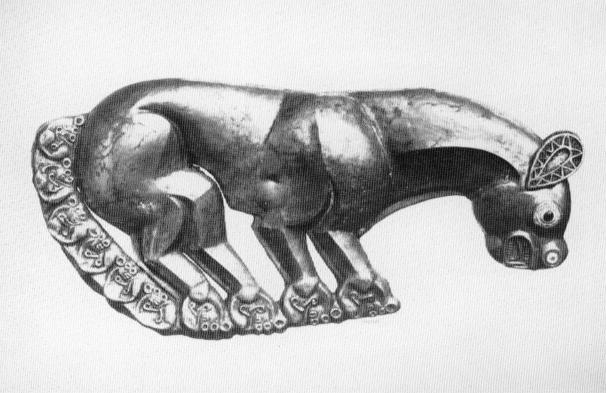 scythian brooch 02.PNG