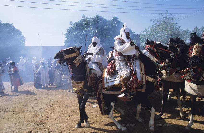 016durbar-fantasia-kano-nigeria.jpg.9a2093594730f12817c34d5ba0621c0e.jpg