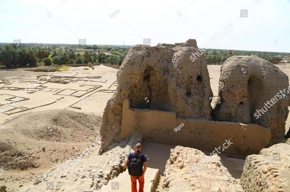 stock-photo-in-africa-sudan-kerma-the-antique-city-of-the-nubians-near-the-nilo-and-tombs-1295270002.thumb.jpg.93ddbc7a75e7f888e872f189c4164b26.jpg