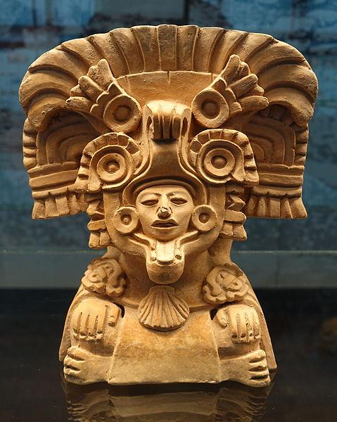 Figurine_-_Monte_Alban_pottery_-_Ethnological_Museum,_Berlin_-_DSC00898.JPG